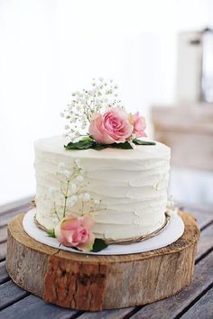 Wedding Cakes - kindly acquire this creative article, pin ref 7173451132 here. Pretty Cakes, Cute Cakes, Beautiful Cakes, Amazing Cakes, Small Wedding Cakes, Wedding Shower Cakes, White Wedding Cakes, Purple Wedding, Gold Wedding