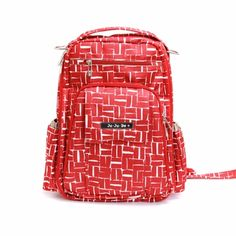 Ju-Ju-Be Be Right Back Syrah Syrah Backpack Diaper Bag. If I was going to purchase a backpack diaper bag. Cute Diaper Bags, Best Diaper Bag, Diaper Bag Backpack, Designer Baby Bags, Be Right Back, Stylish Backpacks, Designer Backpacks, Vera Bradley Backpack, Baby Love