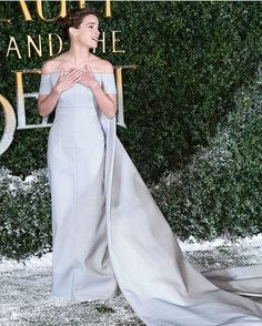 Emma Watson's real-life princess moment = EVERYTHING  #rg @cosmopolitan  via COSMOPOLITAN AUSTRALIA MAGAZINE OFFICIAL INSTAGRAM - Celebrity  Fashion  Haute Couture  Advertising  Culture  Beauty  Editorial Photography  Magazine Covers  Supermodels  Runway Models