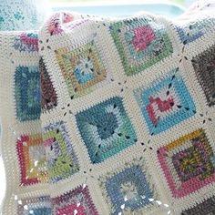 """Solid crochet granny variegated yarn - Tığişi - Örgü - Elişi - Hobi (@orguislerim_) on Instagram: """"#örgü #örgüçanta #örgümodelleri #örgübattaniye #tığişi #crochet #crochetblanket #crocheting…"""""""