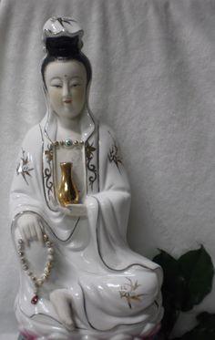 ANGELIC Goddess Kwan Yin Important Lotus Gold Famille Rose Figure Protect PRAY | eBay