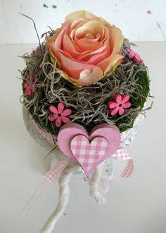 Blumendekoration -Tischdeko - Rosen - Amphore von kunstbedarf24 auf DaWanda.com