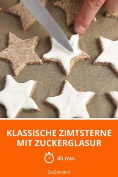 Klassische Zimtsterne mit Zuckerglasur Eat Smarter, Cookies, Desserts, Food, Almonds, Food And Drinks, Food Food, Crack Crackers, Postres