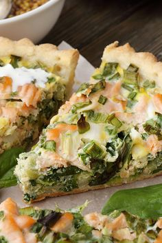 Leek with salmon is the perfect combination for a successful quiche. Here ge … - Herzhaft Vegetarian Brunch Recipes, Best Brunch Recipes, Healthy Brunch, Drink Recipes, Salmon Quiche, Food For A Crowd, Food And Drink, Contact Form, Sandwich Recipes