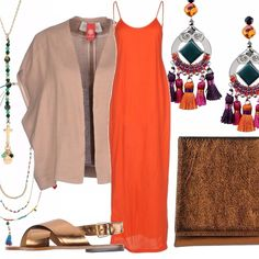 Falò in spiaggia aspettando l'alba? festa in stile hippie chic? indossate un abito arancione e impreziositelo con orecchini ornati di coloratissime nappine e collane di perline. Accompagnate con pochette e sandali flat color bronzo e mettete sulle spalle un kimono tinta unita (si sa, in spiaggia di sera fa freschino). A piacere aggiungere una coroncina di fiori sulla testa, ed ecco pronta la ricetta per una mise perfetta!