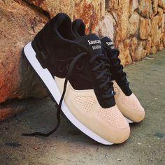 "Saucony Shadow Original Suede ""Black Off White"" Size Man - Price: 110 (Spain Envíos Gratis a Partir de 75) http://ift.tt/1iZuQ2v  #loversneakers #sneakerheads #sneakers  #kicks #zapatillas #kicksonfire #kickstagram #sneakerfreaker #nicekicks #thesneakersbox  #snkrfrkr #sneakercollector #shoeporn #igsneskercommunity #sneakernews #solecollector #wdywt #womft #sneakeraddict #kotd #smyfh #hypebeast #sauconyoriginals #saucony"
