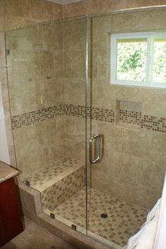Classic Travertine Tile Shower Design Ideas, Pictures, Remodel, and Decor - page 320 Bathroom Wall Decor, Budget Bathroom, Bathroom Interior Design, Bathroom Renovations, Small Bathroom, Handicap Bathroom, Tile Bathrooms, Bathroom Faucets, Bathroom Ideas
