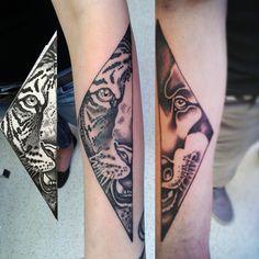 Párové tetování, vlk a tygr pro vlka s tygřicí :-) #tattoo #tigertattoo #tetování #art #tatooartist #tiger #wolf #tigertattoo #wolftattoo #czech #yakuzatattoo #hand #drawing #draw #wild #fantasy