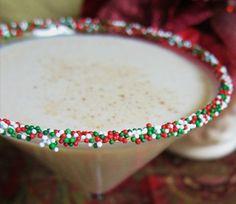 White Christmas Martini Christmas Martini, Christmas Cocktails, Holiday Cocktails, White Christmas, Merry Christmas, Christmas Movies, Christmas Time, Fun Cocktails, Christmas 2016