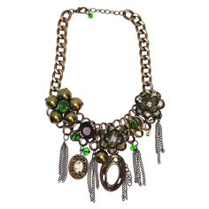 Limited Edition Green Floral Necklace from Bijoux Closet