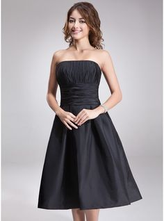 A-Line/Princess Strapless Knee-Length Taffeta Bridesmaid Dress With Ruffle