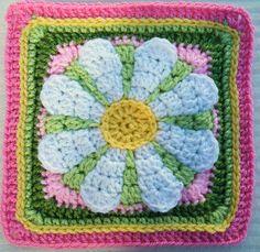 Ravelry: Maryfairy's Daisy Flower - Week 23 BAWL CAL