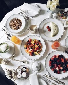 Last day in Paris before finally flying back home to L.A tomorrow. Celebrating with this epic breakfast at the @thepeninsulaparis if every morning could be like that  #PeninsulaParis by kristinabazan