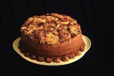 Tort cu crema de cafea si ciocolata - Rețete Papa Bun Something Sweet, Food, Pune, Cream, Chocolate Cream, Romanian Recipes, Essen, Meals, Yemek