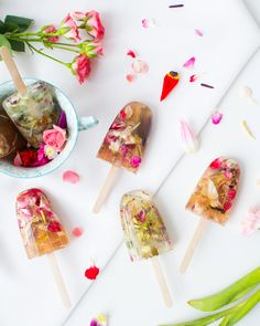 looking for crafts for teens? we have compiled a cool list of 50 of the most gorgeous diy crafts for teens and diy projects for teens you can find anywhere Diy Crafts For Teens, Easy Diy Crafts, Diy Savon, Diy Cadeau Noel, Valentine Day Crafts, Home Made Soap, Handmade Soaps, Soap Making, Making Ideas