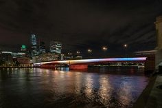 Artist Leo Villareal Lights Up London With 'Illuminated River' Across Thames Bridges - ArtfixDaily News Feed London Bridge, London City, William The Conqueror, Across The Bridge, Alberto Giacometti, Large Artwork, Action Painting, River Thames, Design Competitions