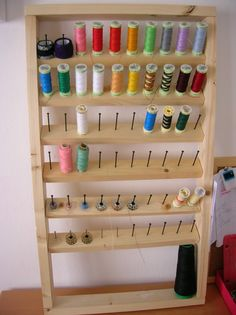 New sewing room decorations thread holder ideas Thread Storage, Ribbon Storage, Diy Organisation, Sewing Room Organization, Sewing Room Decor, Sewing Rooms, Thread Holder, Techniques Couture, Sewing Studio