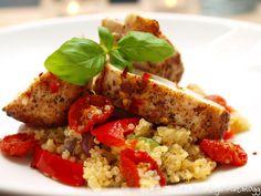 Chilikylling med quinoa, ovnsbakte tomater og hvitløkskrem