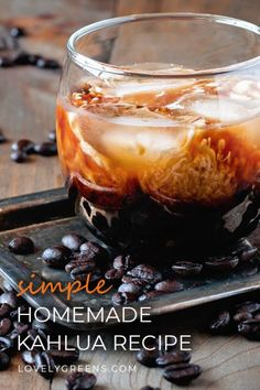 How to make Kahlua – everyone's favorite Coffee Liqueur. For this recipe you'll need just a few ingredients including coffee, vanilla, and vodka Homemade Kahlua, Homemade Alcohol, Homemade Liquor, Homemade Gifts, Kahlua Recipes, Coffee Recipes, Homemade Liqueur Recipes, Cocktails, Cocktail Recipes