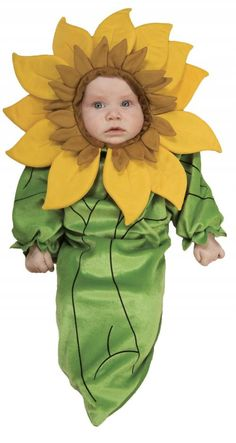 Looking for Sunflower Baby Bunting Costume - Flower Costumes Party Supplies? We can connect you with sunflower baby bunting costume flower costumes Easter Costumes For Kids, Newborn Halloween Costumes, Family Costumes, Baby Costumes, Infant Halloween, Costume Halloween, Shrek Costume, Costume Craze, Carnival Costumes
