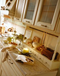 1000 images about provenzale traditional design on for Aran world kitchen cabinets