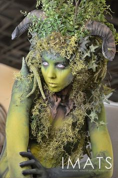 Sfx Makeup, Costume Makeup, Fete Halloween, Halloween Makeup, Fantasy Makeup, Fantasy Art, Dryad Costume, Tree Costume, Monster Makeup