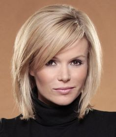 Amanda Holden ( Know a client that would look good with this style)! Medium Hair Cuts, Short Hair Cuts, Medium Hair Styles, Curly Hair Styles, Short To Medium Hair, Bangs With Medium Hair, Look 2018, Corte Y Color, Hair Color And Cut