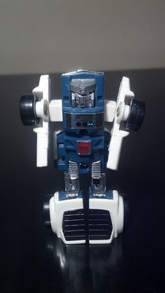 Or as we called him: White Windcharger. Same model, different paint job and face. Give it to the Japanese, they get some bang for their buck (or yen). Transformers Robots, Gen 1, Childhood, Comic, Action, Japanese, Paint, Photo And Video, Face