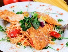 Kuracie prsia v parmezánovom cestíčku so špagetami - recept | Varecha.sk