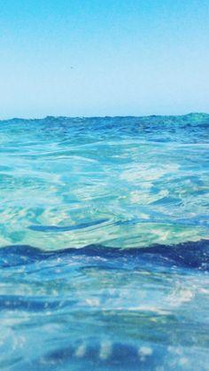 Water Aesthetic, Blue Aesthetic, Ocean Pictures, Green Ocean, Ocean Wallpaper, Graphic Wallpaper, Ocean Photography, Ocean Waves, Scenery