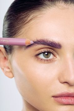 A well-defined brow brings balance and proportion to the face, creating a refreshed, polished and youthful look.