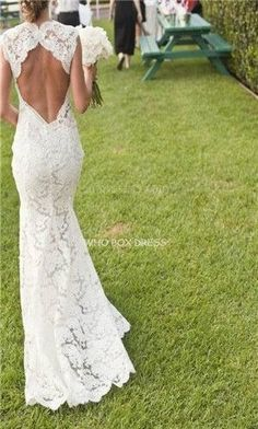 Love the back of this wedding dress | Lace | open back wedding dress | diamond back  bridal gown