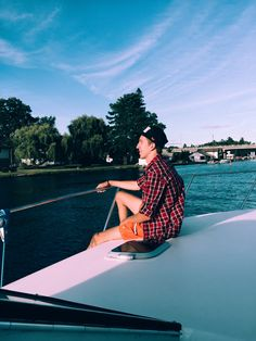 Enjoy the ride #ride #yacht #style #fashion #menwithstyle #menstyle #me #blue #lake #sky #life #luxury #ontario #canada #summer #mensfashion #tb #photo #photography #photoshoot