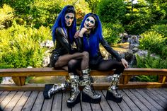 Pic by Extravenganza Conditioner, Goth, Pandora, Style, Fashion, Gothic, Swag, Moda, Fashion Styles