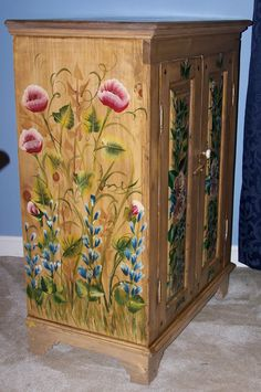 Google Image Result for http://www.jleistfinewoodworking.com/painted%2520wine%2520cabinet%2520007.jpg