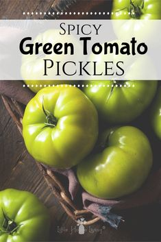 Delicious recipe for Spicy Green Tomato Pickles. A great way to make pickles from the green tomatoes left in your garden. Spicy Pickles, Canning Pickles, Pickles Recipe, Green Tomato Recipes, Spicy Green Tomato Relish Recipe, Pickled Green Tomatoes, Home Canning, Canning Tips, How To Make Greens