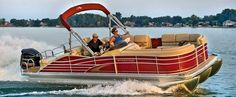 Lakeview Marine, Full Service Boat Dealership on Webster Lake in Webster Massachusetts.