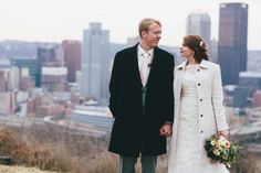 Pittsburgh Couples Whose Online Meetings Led to Marriage #Pittsburgh #Weddings #OnlingDating #Ceremony #Engagement