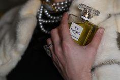 follow #TheItalianGlamdiaries fashion stories chanel 19 by The Italian Glam