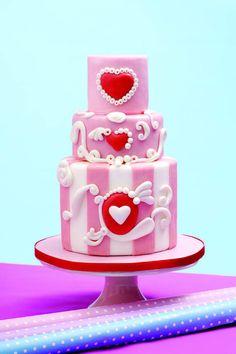 Valentine vintage - by Designacake @ CakesDecor.com - cake decorating website