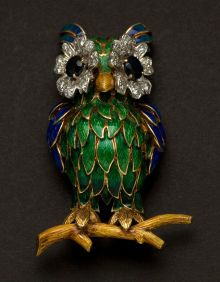 Impressive Enamel & Diamond 18k Gold Owl Pin. ... Estate |
