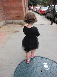 who is this tres chic little girl?