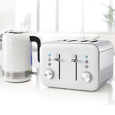 Breville White VTT687 High Gloss 4-Slice Toaster & Kettle