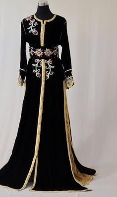 Velours noir et or robe caftan marocain incrusté de par LeidaMaiden