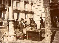Antiguos cafés de Madrid y otras cosas de la Villa.: Fuente: Nicolás1056 (1900) Entrada del café de Cervantes por la calle de Alcalá. A la izquierda, la calle del Barquillo.