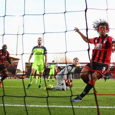 Liverpool collapse spectacularly as unbeaten run ends at Bournemouth