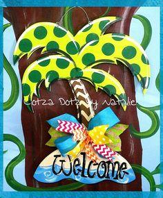 Hand painted door hanger www.facebook.com/lotzadotzbynatalie
