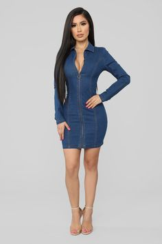 Sexy, trendy and cute mini dresses that'll suit your body perfectly and work for the beach, date night, the club or school. Find your next go-to mini dress at Fashion Nova. Nice Dresses, Casual Dresses, Short Dresses, Stylish Outfits, Cute Outfits, Dress Outfits, Fashion Dresses, Jeans Fashion, Denim Outfit