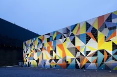 Hornet Origami by Sarah Morris, Kunstsammlung NRW, Düsseldorf, Germany  - Chroma tiles by AGROB BUCHTAL, hand-glazed
