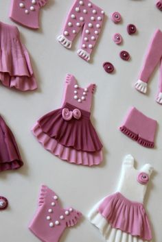 Fondant clothes for sugar cookie paper dolls